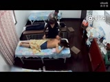 做护理按摩的美女被偷拍了-胸真大